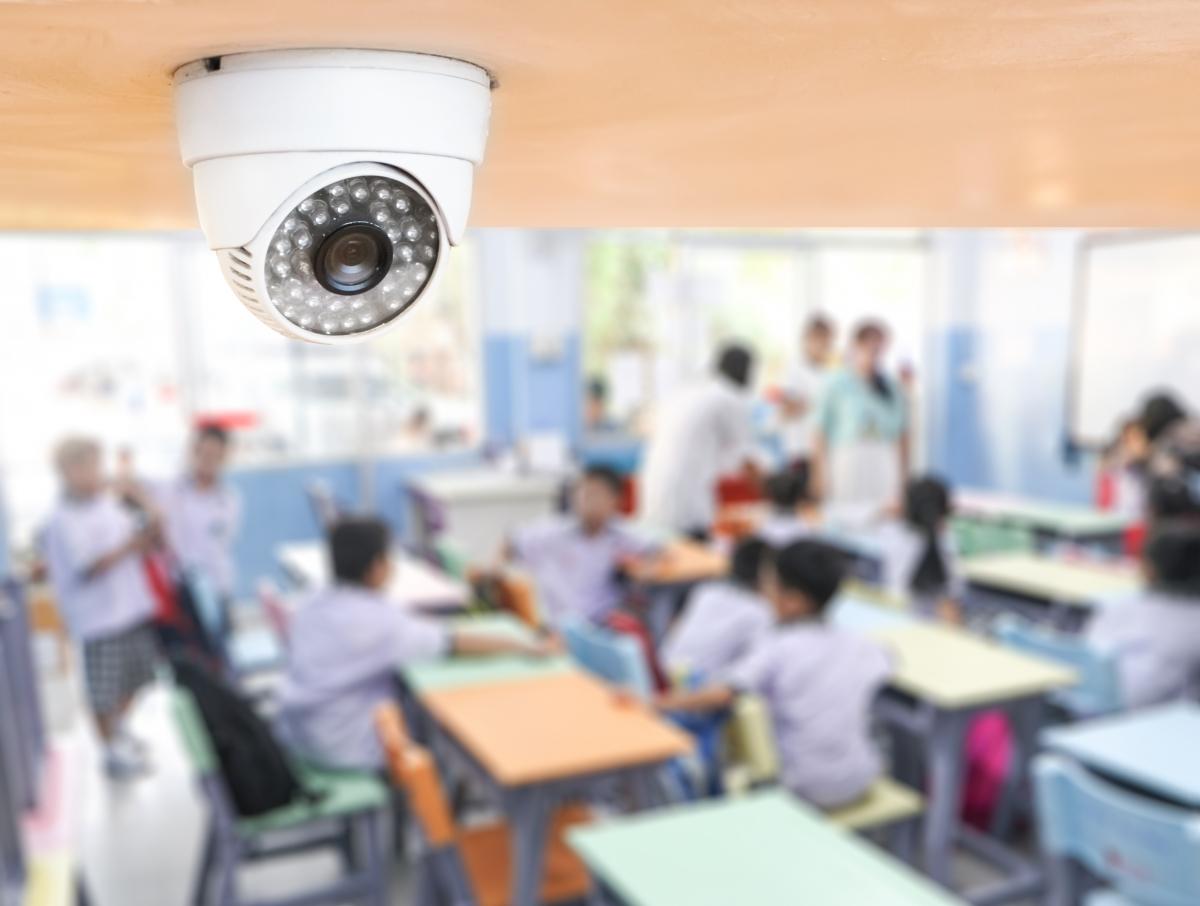 Zabezpečení škol - cena a typová instalace